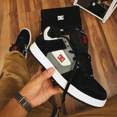 Paul Walker Family, Skate 3, Cute Sneakers, Fresh Kicks, Shoes Sandals, Heels, Me Too Shoes, Nike Air, Jordans