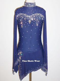 BRAND NEW FIGURE ICE SKATING DRESS SIZE LADIES' MEDIUM/LARGE   Artigos esportivos, Esportes de inverno, Patinação no gelo   eBay!