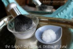 DIY Deodorant:first apply coconut oil, then brush on a bit of baking soda Diy Deodorant, Diy Natural Deodorant, Diy Beauty Treatments, Natural Treatments, Baking With Coconut Oil, Homemade Beauty Products, Diy Products, Cleaners Homemade, Fun Crafts For Kids