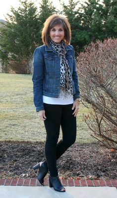 Happy Hump Day!! Today it's What I Wore on the blog plus a recap of my 31 Days of Winter Fashion.