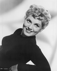 """Judy Holliday graduates at the top of her class at Julia Richman High in New York City. While she will portray a lot of dumb blondes, she reportedly has an IQ of She wins the best actress Oscar for """"Born Yesterday"""" Golden Age Of Hollywood, Hollywood Glamour, Hollywood Stars, Classic Hollywood, Old Hollywood, Divas, Judy Holliday, Viejo Hollywood, Classic Photography"""