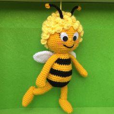 Maya abeille-Amigurumi pattern par Needleandnoodle sur Etsy …