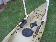 YakAttack Sprout Contest: Kayak Leaning Post by Todd Ferrante – YakAttack Central Coyote Hunting, Archery Hunting, Best Fishing, Kayak Fishing, Kayak Outriggers, Kayak Stand, Deer Hunting Blinds, Kayaking Gear, Traditional Archery