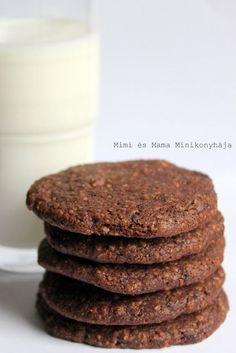 Csokis zabpelyhes keksz Healthy Cake, Healthy Cookies, Healthy Sweets, Baby Food Recipes, Baking Recipes, Snack Recipes, Diet Cake, Healthy Food Options, Hungarian Recipes