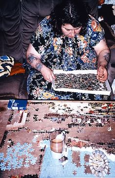 Richard Billingham - http://www.saatchigallery.com/artists/richard_billingham.htm
