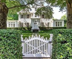 House Doors, Southport, White Houses, Coastal Homes, Better Homes And Gardens, Curb Appeal, Beautiful Homes, Mansions, Architecture
