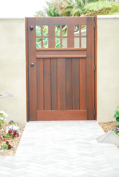 Old Gate Gallery - Garden Passages Wooden Garden Gate, Garden Gates, Fences Alternative, Fence Gate Design, Backyard Gates, Wood Gates, Craftsman Style, Custom Wood, Cottage Style