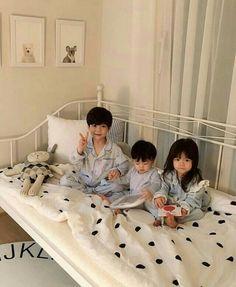 47 new ideas cute children pictures boys outfit Cute Asian Babies, Korean Babies, Asian Kids, Cute Babies, Cute Little Baby, Cute Baby Girl, Little Babies, Baby Kids, Baby Boy