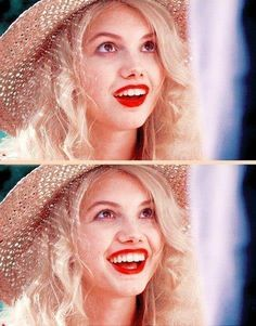 """(FC: Hannah Murray)) """"Hello.... I'm Cas...I'm 16... and I want to kill myself...."""" I grin happily, a dazed glint in my eyes as i speak in my southern british accent"""