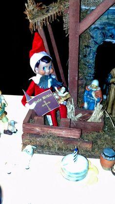 Elf on the Shelf: In the Nativity with Printable Bible, & DIY Mini Birthday Cake for Jesus #elfontheshelf #Christmas