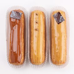 hef Daniel Boulud is a huge fan of a well-done coffee éclair, so you can bet his classic flavors will be executed to perfection. For those hoping to sample something a bit more unusual, his pastry chefs Eric Bertoia and Mymi Eberhardt also create seasonal specialties that bring a special flair to the classic pastry. The fig-and-lemon éclair features a delicate, lemony pastry cream filling and, atop the pâte à choux casing, a vibrant figgy icing and dried fig pieces as decoration…