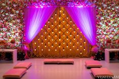 A Magical Wedding Full Of Lights & Lantherns - Moyiki Sites Wedding Stage Backdrop, Wedding Backdrop Design, Wedding Hall Decorations, Engagement Decorations, Backdrop Decorations, Flower Decorations, Backdrops, Balloon Decorations Without Helium, Indian Wedding Planning