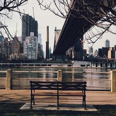 Sitting here on a hot summer evening was a real pleasure. New York City / photo by Jomayra