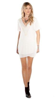 Avery Dress - Amuse Society sashahawaii.com short sleeve slip dress - embroidered. bohemian chic.