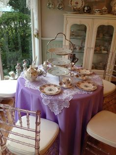 """I am thinking about making the front room, which was originally the """"parlor"""" into a tea room."""