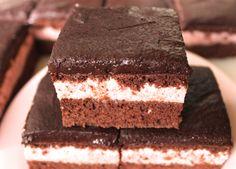 Tort cu Crema de Capsuni si Ganache de Ciocolata | Sin Gluten, Gluten Free, Strawberry Filling, Strawberry Cakes, Healthy Cake, Guilt Free, Chocolate Ganache, Paleo Diet, Sugar Free