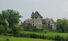 Château de Vixouges (or Château de Vixouze) is a medieval castle in the commune Polminhac in the Cantal département of the Auvergne, in France. France, North Sea, Medieval Castle, Mediterranean Sea, Atlantic Ocean, Mansions, Cathedrals, Palaces, House Styles