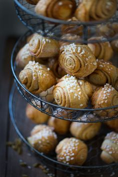 These Finnish Cardamom Rolls are slightly sweet flaky and delicious perfect for Christmas brunch. Brunch Recipes, Breakfast Recipes, Savarin, Pain, Christmas Brunch, Sweet Tooth, Sweet Treats, Cooking Recipes, Yummy Food
