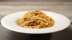 Σπαγγέτι καρμπονάρα Spaghetti, Pasta, Cooking, Ethnic Recipes, Food, Kitchen, Essen, Meals, Yemek