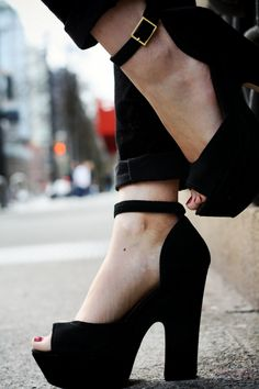 lovely heel/platform height