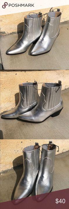 06c2d570855 25 Best Short cowboy boots images in 2018 | Shoe, Western wear ...