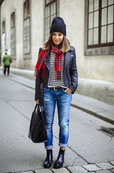 Boyfriend Jeans, black Chelsea Boots, Leather Jacket, Striped Shirt and red Tartan Scarf