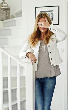 white denim, gray top, blue jeans & silver  alliesdream:    (via HOUSE of PHILIA)