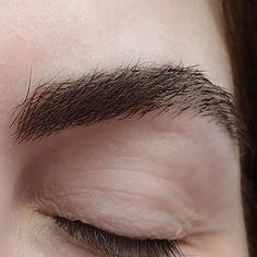 Do you want to save the time in the morning and have natural and beautiful eyebrows always? Hair imitation is for you then !  Close up pic  NO pain NO blood NO swelling . . . #alesya_spmu #hairimitation #semipermanentmakeup #spmu #micropigmentation #permanentmakeup #lebanon #luxury #beirut #browsonfleek #eyebrows #eyebrowstattoo