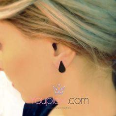 DROPS CODE:1.7.58. Handmade lasercut drops earrings made of plexiglass, size:1,3x1,3cm.