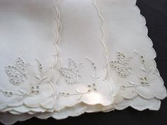 Quality Vintage Napkins Ser of 3 Hand Embroidery by VerasLinens