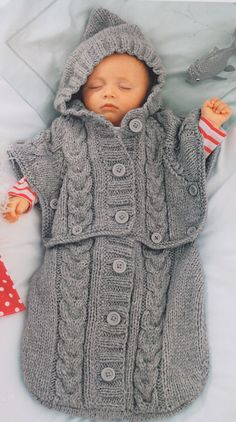 Clever Chunky Baby Sleeping Bag - Converts to Hooded Poncho 0 - 6 Months TO KNIT in Crafts, Crocheting & Knitting, Patterns | eBay