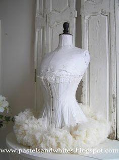 102 meilleures images du tableau mannequin buste couture. Black Bedroom Furniture Sets. Home Design Ideas