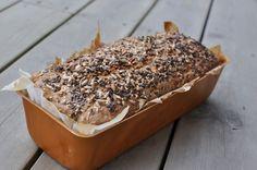 Eltefritt firkornsbrød (no-knead bread) - Kvardagsmat No Knead Bread, Fika, Baked Goods, Scones, Banana Bread, Food And Drink, Baking, Desserts, Recipes