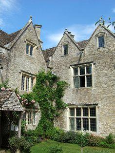 Kelmscott Manor, Oxfordshire http://www.flickr.com/photos/sheepdog_rex/3680977693/ #morris #design #kelmscott