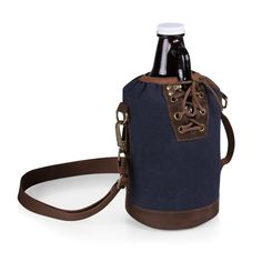 The Growler Tote with Growler includes a convenient carry tote with adjustable shoulder strap, and a 64-oz. glass beer growler to carry your craft beer of choice.