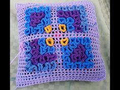 Aprende Crochet Contoneado o Crochet Wiggly / Tutorial y revista para descargar gratis | Patrones para Crochet Crochet Round, Crochet Granny, Crochet Stitches, Crochet Patterns, Wiggly Crochet, Crewel Embroidery, Crochet Videos, Crochet Crafts, Crochet Clothes