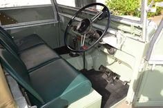 "Land Rover Series 1 80"" 1949 Lights Behind the Grille in Great Condition (YXG 968) - Williams Classics"