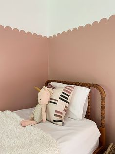 Retro Pink Wall by Behr with Scalloped Detail Girls Room Wall Decor, Bedroom Wall, Girls Bedroom, Baby Bedroom, Bedrooms, Bedroom Decor, Unisex Nursery Colors, Half Painted Walls, Pink Paint Colors