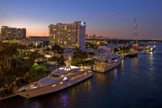 The Hilton Marina (exterior) - Fort Lauderdale