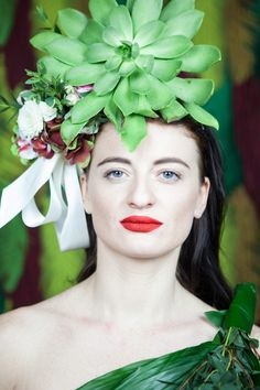 Spring is in my soul, even if we have snow outside and I have tons of reasons to be grateful for. 8th Of March, Headpiece, Crushes, Crown, Spring, Flowers, Fashion, Moda, Headdress