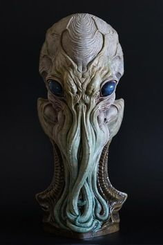 Cthulhu is an 11 inch tall resin bust. It comes in 1 part and comes unpainted. Each kit also includes a signed artist proof.