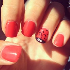 Ladybug nails...I need to try this!