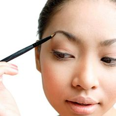 How To Thicken Scanty Eyebrows?