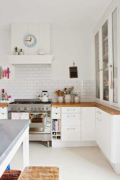 10 Bright and White Kitchens | Tinyme Blog