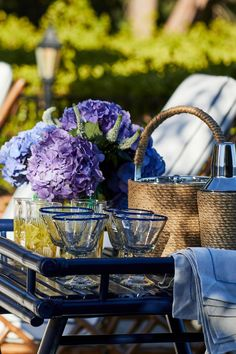 Go to Top interior design trends Inspiration Design, Home Decor Inspiration, Diy Wall Decor, Diy Home Decor, Mug Design, Outdoor Rugs, Outdoor Living, Living Furniture, Outdoor Entertaining