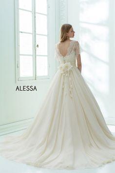 W7F-672(コーディネート3)|ALESSA|ブランド|オシャレでこだわり、個性的なウェディングドレス、カラードレス、タキシードレンタルならドレスショップブランシェ