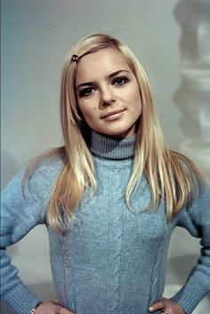France Gall Pictures and Photos France Gall, Got The Look, New Look, Fernand Raynaud, Anouchka Delon, Photo Vintage, Sixties Fashion, Vintage Vibes, Belle Photo
