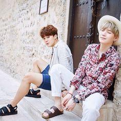 """Jimin & Yoongi 3 years ago today 'BTS in Dubai!' via Starcast Namjoon, Taehyung, Kookie Bts, Bts Bangtan Boy, Yoongi Bts, Bts Boys, Hoseok, Yoonmin, Kota Kinabalu"