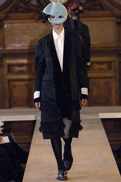 Comme des Garçons Fall 2006 Ready-to-Wear Fashion Show