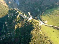 Castillo de Cornatel. Priaranza del Bierzo